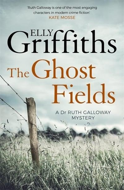 Elly Griffiths- The Ghost Fields